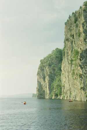 Makinaw Lake cliff